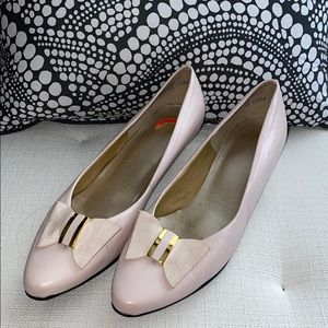 Selby 9N low heel blush pink w bows shoes
